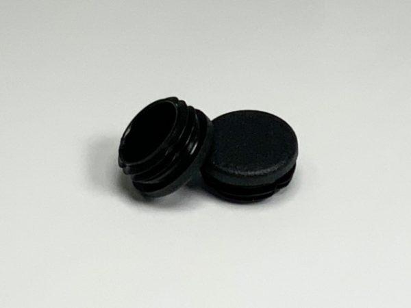 Set inslagdoppen kunststof zwart voor buis detail