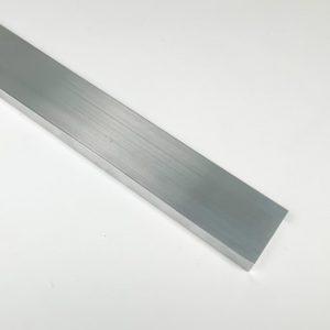 Strip in aluminium