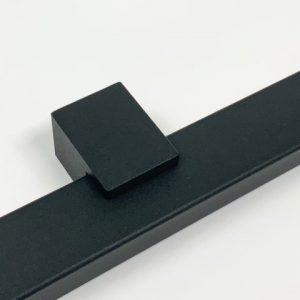 Trapleuning kokerprofiel RAL 9005 mat zwart fijnstructuur detail