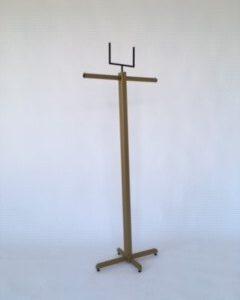 Kledingrek staand model